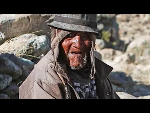 The Oldest Person In The World - Carmelo Flores Laura