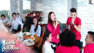Video Sweet Banget Saat Boy Dan Reva Duet Bernyanyi [Anak Jalanan] [8 September 2016] MP3, 3GP, MP4, WEBM, AVI, FLV Februari 2018