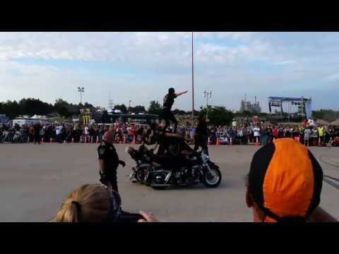 Mexico Motorcycle Acrobats RoT 2013