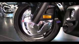 7. 2014 Honda Gold Wing F6B Walkaround