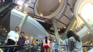 Longest Escalator In SE Asia: Terminal 21