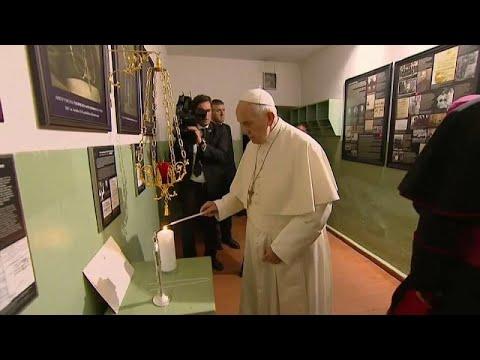 Pope Francis warns of the dangers of anti-Semitism