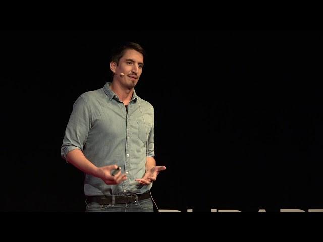 Angyalok Malawiban - Fekete Afrika egy misszionàrius szemèvel | László Szegedi | TEDxBudapestSalon
