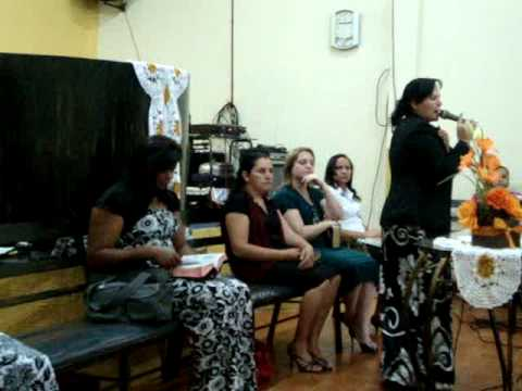Missª Nicole pregando em Miguelopolis