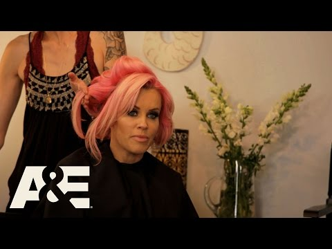 Donnie Loves Jenny: Jenny Considers Changing Her Name (Season 3, Episode 1) | A&E
