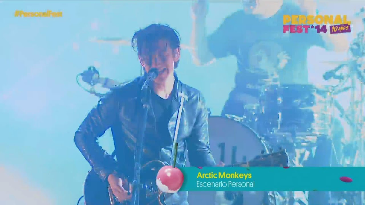 Escuchar Arctic Monkeys live at Personal Fest 2014 (full show)