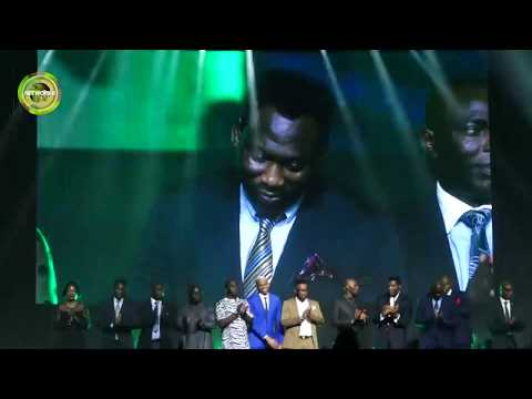 '94 EAGLES STEAL SHOW AT 2ND NFF AWARDS NIGHT IN LAGOS