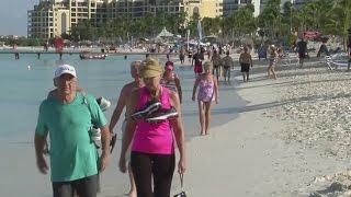El turismo no es la única razón por la que se ha incrementado el número de visitas de venezolanos en 28%. Noticiero Univision: María Elena Salinas y Jorge ...