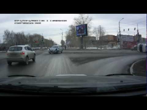 ДТП на перекрестке со скорой