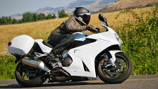 10. 2014 Honda Interceptor - Sport-Touring Shootout Part 2 - MotoUSA
