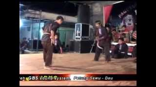 pencak silat gembong gendro sari pertarungan kucur dau malang Video