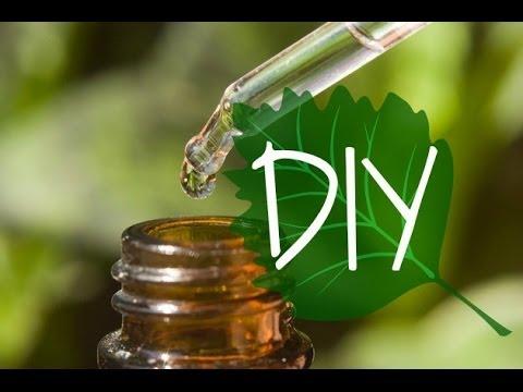 DIY Acne Serum: Tea Tree Oil & Coconut Oil