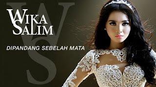 Video Wika Salim - Dipandang Sebelah Mata (Official Music Video) MP3, 3GP, MP4, WEBM, AVI, FLV November 2017