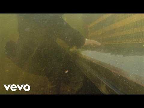 Closed - Music video by Foy Vance performing Closed Hand, Full of Friends. New album Joy of Nothing available now! iTunes: http://smarturl.it/FVJoyOfNothing Physical ...