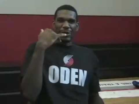 Greg Oden meets the Blazers staff