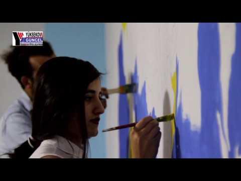 Yüksekovalı Öğretmen Duvarları Sanatla Süslüyor