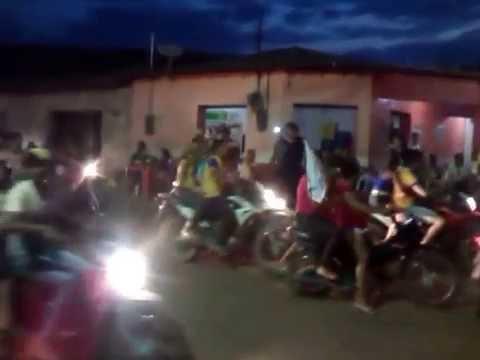 CARREATA NO CENTRO DE SÃO ROBERTO-MA