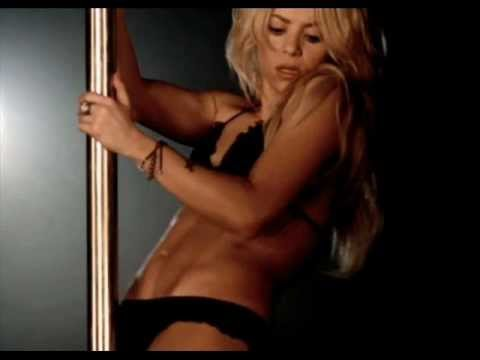 Shakira Very Hot In Bikini