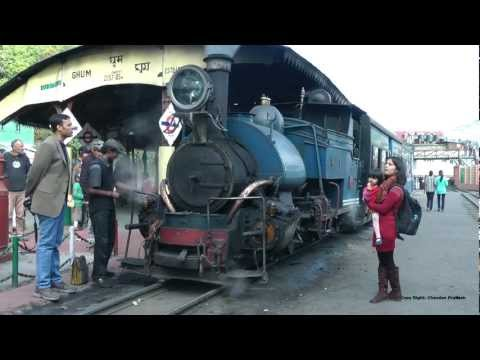 world famous toy train journey from Darjeeling to Ghum and back.