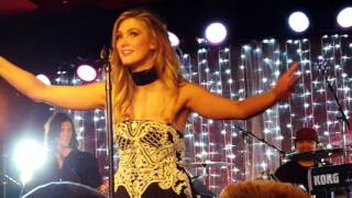 Delta Goodrem LIVE - Sitting On Top Of The World -The Tuning Fork, Auckland (19 Sep 2016)
