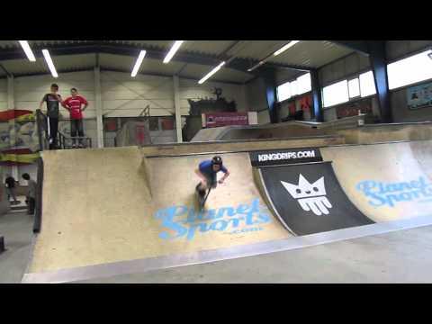 Nils DISTRICT V3 Pro Stunt-Scooter Test