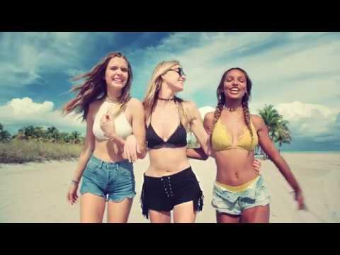 Victoria's Secret Commercial (2017) (Television Commercial)
