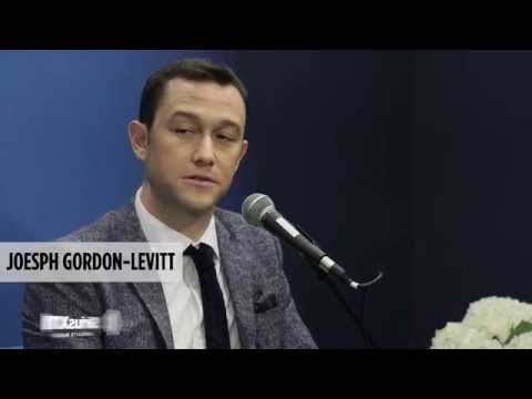Joseph Gordon-Levitt on meeting Edward Snowden // SiriusXM // SiriusXM Stars