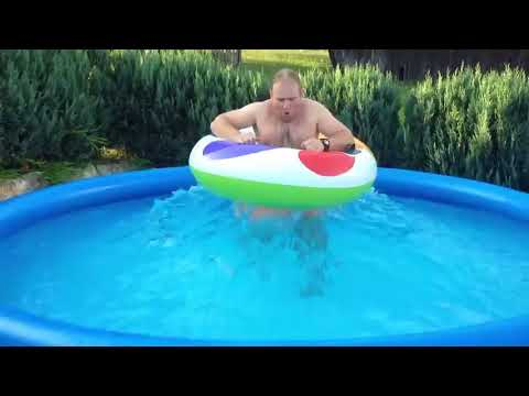 Guy Makes Waves in Inflatable Pool Using