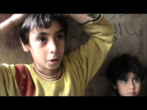 طفل سوري يقول : بطني فاضي من الصبح