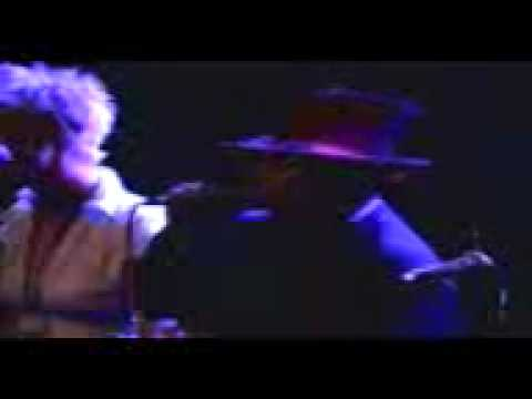 YouTube-That39s The Way-Boy George And Lizzie Deane - Live At The Shaw 08..3gp