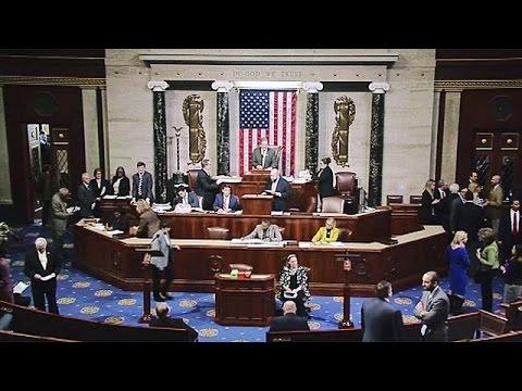 Το Κογκρέσο ενέκρινε το πρώτο βήμα για την κατάργηση του Obamacare