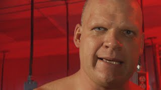 Kane puts his old mask back on: Raw, Sept. 15, 2008