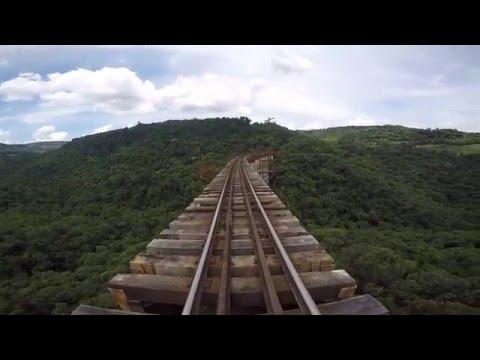 Travessia do Viaduto Mula Preta  Ferrovia do trigo - Dois Lajeados-RS Brasil