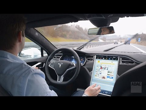 Autonomes Fahren: Test - Autonomes Fahren mit Tesla
