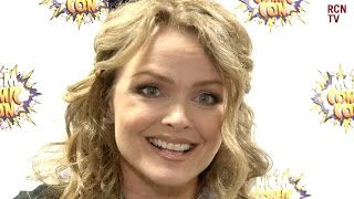Dina Meyer Interview - Starship Troopers, Saw, Friends & Birds of Prey