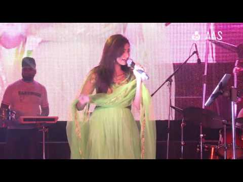 """""""Mere Dholna"""" by Shreya Ghoshal ( AAS Housewives Awards 2012 )"""