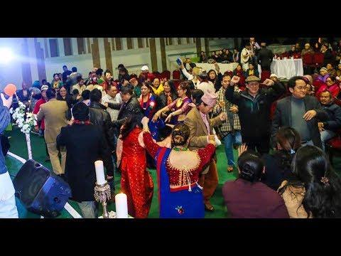 (माया मिठो सोल्टा र सोल्टी को || Best Nepali Lok Dohori Song...5 min, 2 sec.)