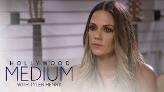 Video Jana Kramer's Reading Goes in a Different Direction | Hollywood Medium with Tyler Henry | E! MP3, 3GP, MP4, WEBM, AVI, FLV September 2018