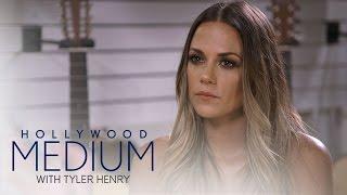 Video Jana Kramer's Reading Goes in a Different Direction | Hollywood Medium with Tyler Henry | E! MP3, 3GP, MP4, WEBM, AVI, FLV Juni 2018