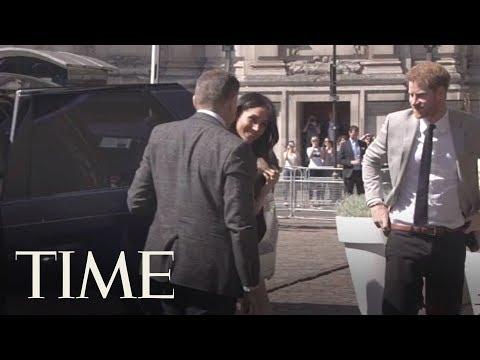 Prince Harry And Meghan Markle Greet Delegates At Commonwealth Reception | TIME