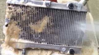 THE BEST NO SCRUBBING ATV UTV RZR Dirtbike Radiator cleaning Suzuki LTR 450