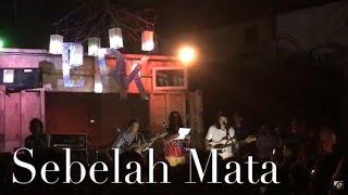 Download lagu Efek Rumah Kaca Ft Narpati Awangga Sebelah Mata Mp3