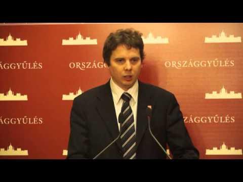 Az MSZP az alapvető jogok biztosához fordult