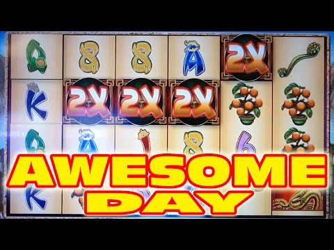 AWESOME DAY AT PALACE STATION CASINO — Slot Machine Bonus Wins!
