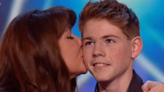 Video Mother And Son Deliver An Emotional Touching Performance MP3, 3GP, MP4, WEBM, AVI, FLV Maret 2019
