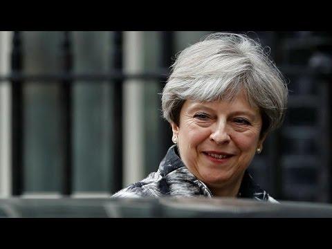 «Θολό» τοπίο μετά τις βρετανικές εκλογές