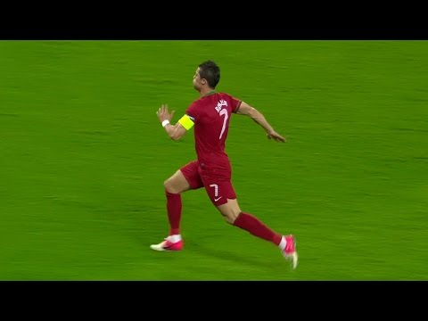 Video Top 10 Sprint Goals in Football History feat. Ronaldo,Bale,Messi,Ronaldinho,Robben HD download in MP3, 3GP, MP4, WEBM, AVI, FLV January 2017