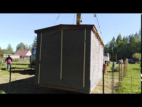 Установка перевозной бани из бруса на участке в деревне Сорзуй