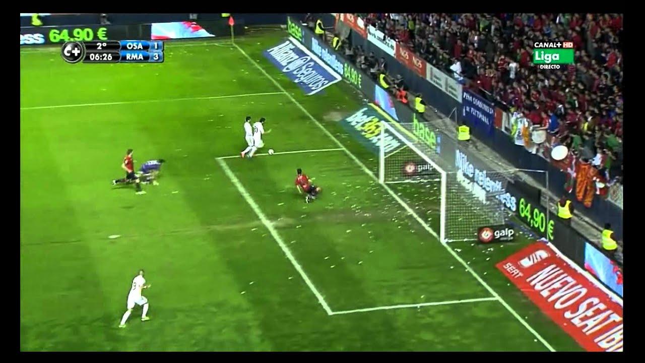 Tình huống tranh ghi bàn hài hước của Ronaldo với Higuain