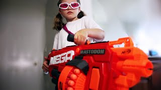 "Today Goober Media Brings to you ""Nerf War: The Prank."" In this episode of Nerf Chris and Eva prank James because they are bored. When James realizes what his siblings are up to he grabs a Nerf gun and the War begins!if you read all this like the video and  comment ""i like to eat butter and play nerf"" and i'll reply and it'll be like a lil inside joke ya feel me?Social media links:Twitter:https://twitter.com/annakouskyInstagram:  http://instagram.com/annakouskyGoogle Plus:https://plus.google.com/u/0/+AnnaKousky/posts/HoevMPHZQQcMy Other Channel: www.youtube.com/user/AnnaKousky"